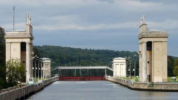 Канал имени Москвы начал поднимать уровень воды