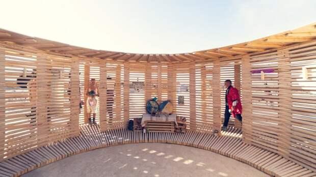 Финны могут построить сауну даже в пустыне