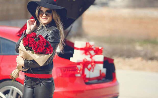Что подарить женщине на 8 Марта? Идеи автомобильных подарков