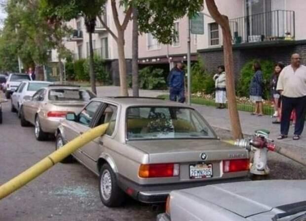 2. идиоты, мастер парковки, не повезло, неправильная парковка, парковка, прикол, фото