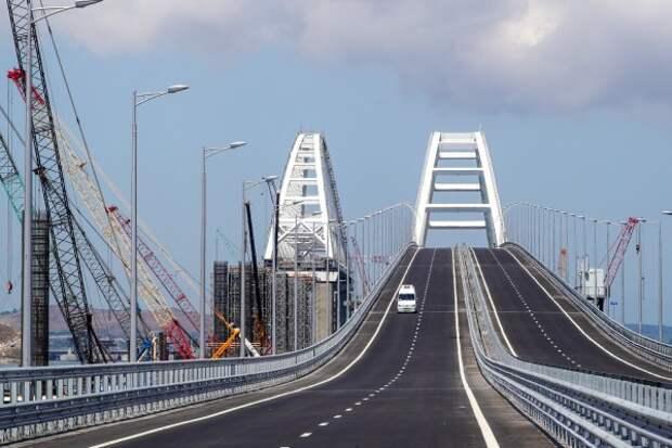 Америка продолжает «бомбить» Крымский мост