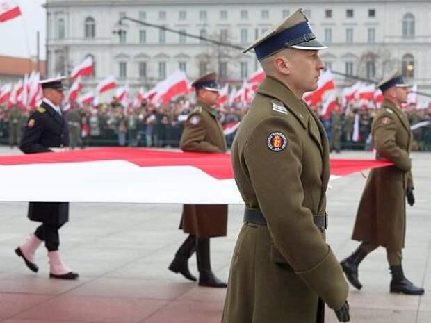 Минобороны Польши обеспокоили «намерения» Путина восстановить Российскую империю