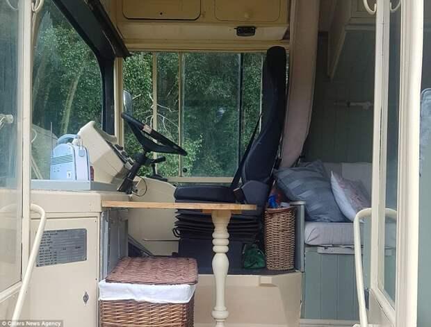 Как превратить старый автобус в шикарный дом на колесах автобус, дело мастера боится, дом на колесах, золотые руки, кемпинговый фургон, переделка, своими руками, смекалка