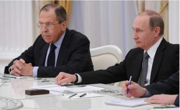 Холодная война с Западом – лучший вариант для развития России