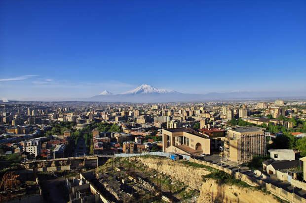 Мощное землетрясение произошло под Ереваном