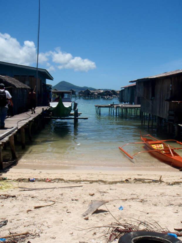 Тонгкил - филиппинская деревня в океане