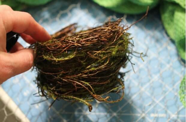 Весенний венок из мешковины. Нежная идея к Пасхе (10) (629x412, 675Kb)