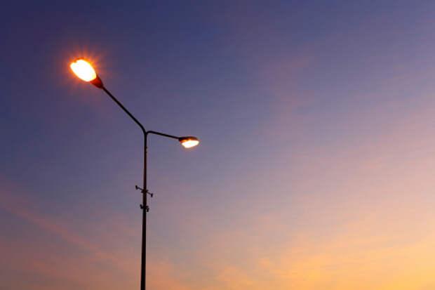В 3-м Гостиничном проезде отремонтировали погасший фонарь