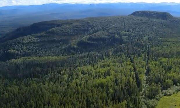 Дорога на Аляску: дальнобойщик показал свой переход на видео