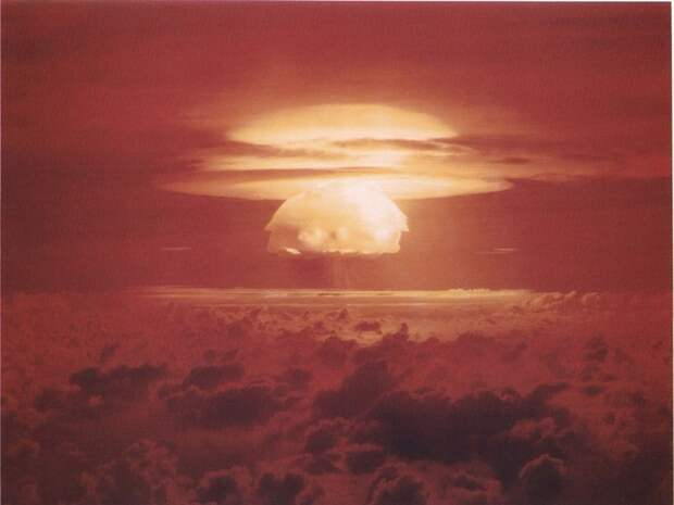 Ядерные грибы (13 фото + 1 гифка)