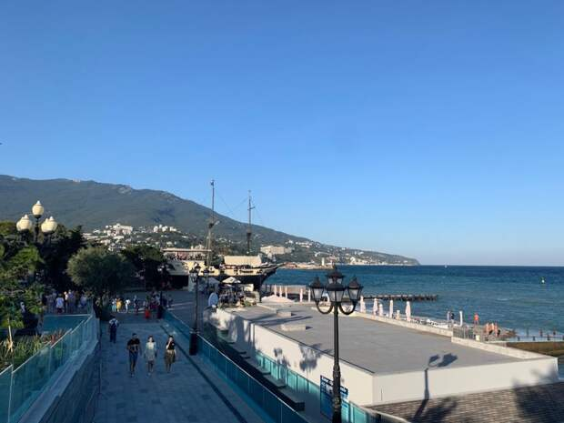 Жители Крыма будут отдыхать с 1 по 11 мая