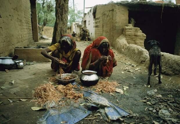Чандалы - низшая каста Индии