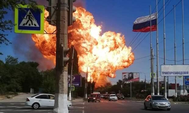 Цистерна с газом взорвалась в Волгограде, ожоги получили несколько пожарных