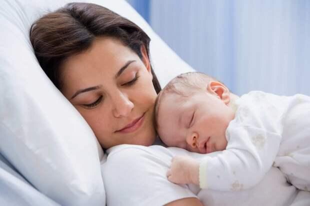 Этот малыш оказался маме не нужен, но его ангел-хранитель не спал…