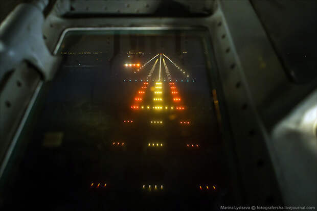 Взгляд из кабины действующего штурмана Ил-76 (16 фото)
