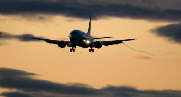 Boeing 737совершил экстренную посадку из-за «невыносимо вонючего» пассажира
