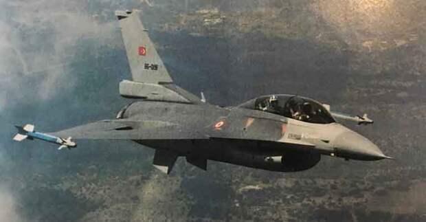 Турецкий истребитель F-16 сбил армянский штурмовик Су-25