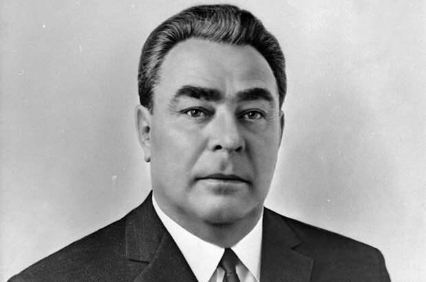 Леонид Брежнев, Генеральный секретарь Центрального Комитета КПСС.