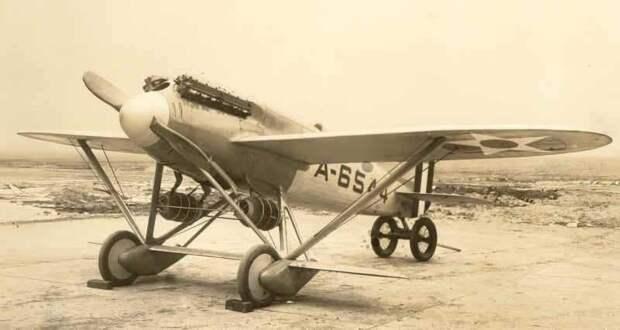 На изображении может находиться: самолет