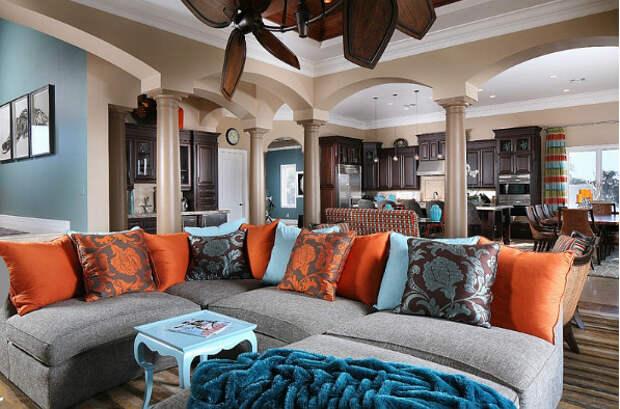 Интерьер гостиной от Savvy Surrounding Style