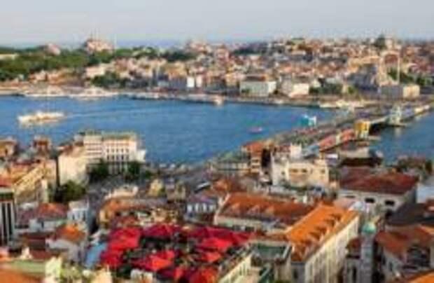 Сильное землетрясение произошло в Стамбуле