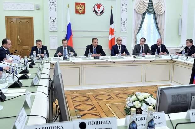 Полпред президента в Приволжье Игорь Комаров прибывает в Ижевск