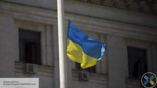 """Почти половина украинцев поддерживает закрытие телеканалов """"112 Украина"""", """"ZIK"""" и """"NewsOne"""""""