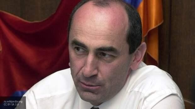 СМИ подвели итоги года в Армении под эгидой правительства Пашиняна