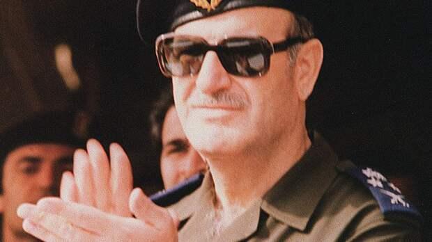Чьи сукины дети? 14 диктаторов, процветавших во время Холодной войны. Егор. Воробьёв