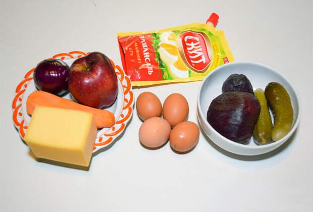 Как приготовить салат-торт