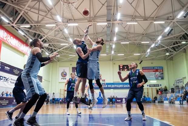 Ижевские «Купол-Родники» одолели на своем паркете баскетболистов из Сургута