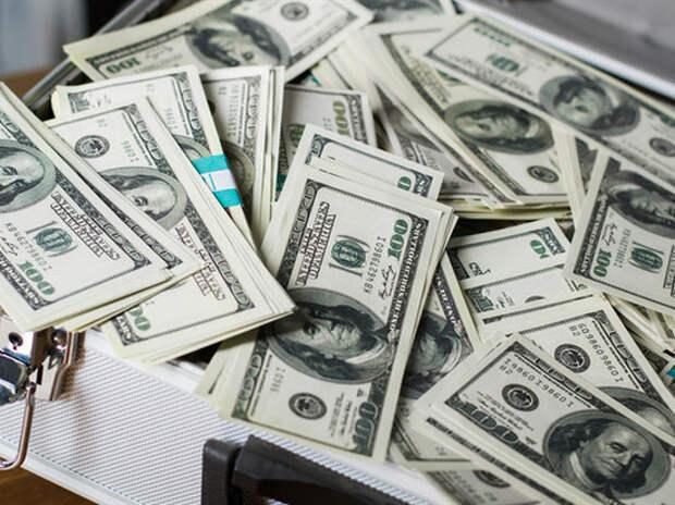 СМИ: кроме миллионов полковника Захарченко, исчезли деньги губернатора Хорошавина