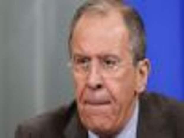 Лавров: РФ доставляет гуманитарную помощь через ополчение
