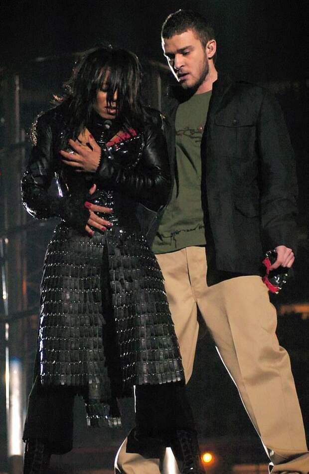 Джастин Тимберлейк извинился перед Бритни Спирс и Джанет Джексон