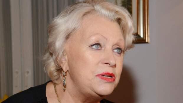 Как вдова Караченцова пела и веселилась на поминках супруга (ВИДЕО)