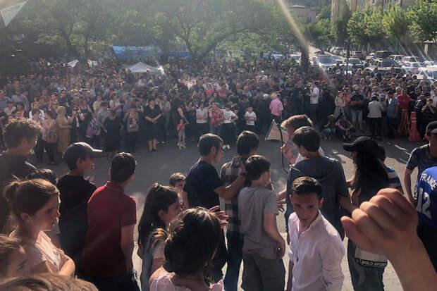 Шахтеры Грузии протестуют и требуют повышения зарплаты