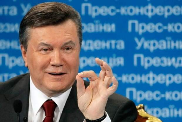 Вертолёт Януковича могли сбить, но не сбили