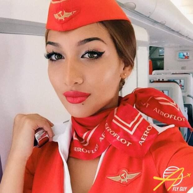 27 самых сексуальных селфи стюардесс совсего мира