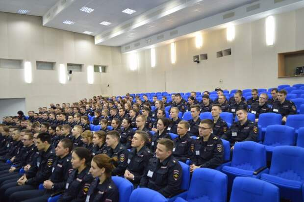 Встреча курсантов Московского университета МВД имени В.Я. Кикотя с сотрудниками полиции Северного округа