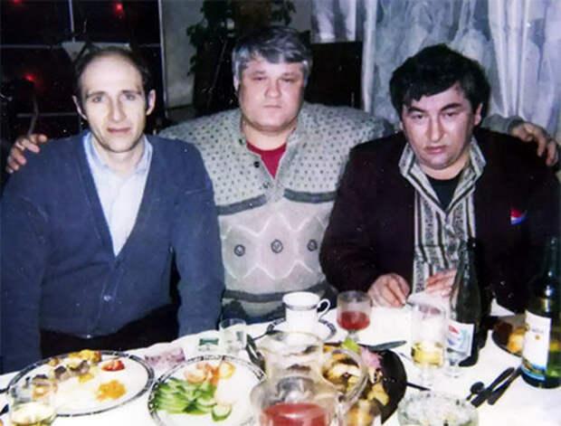 Слева воры в законе: Гия Диаквнишвили, Евгений Васин (Джем) и Датико Цихелашвили (Дато Ташкентский)