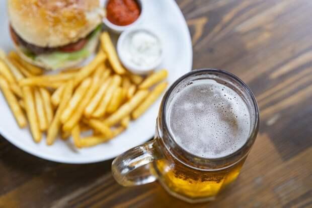Жители Удмуртии тратят на алкоголь больше, чем на мясо