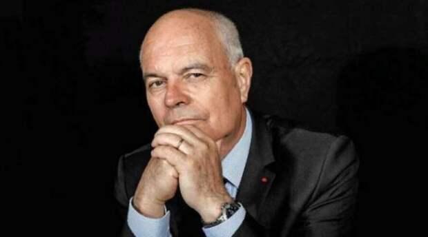 Кандидат в президенты Франции предложил выход страны из НАТО и создание нового альянса с Россией