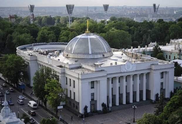 Украинцы устроили митинг в стиле сериала «Игра в кальмара»