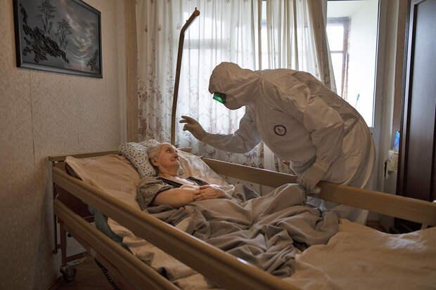 Соратник «духовника Путина» выпустил книгу с молитвами против коронавируса