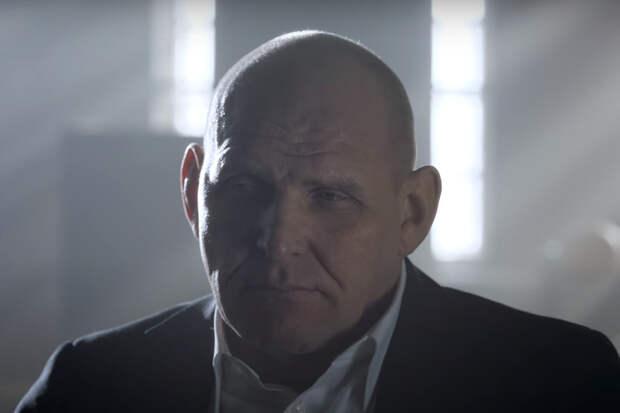 «Тяжело седому пацану»: Александр Карелин снялся в клипе про нелегкую мужскую судьбу