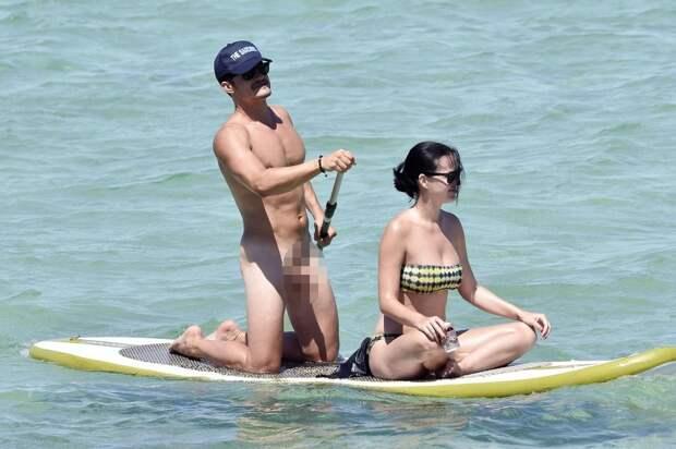 Девушки свеслом: знаменитости, которые увлекаются SUP-серфингом