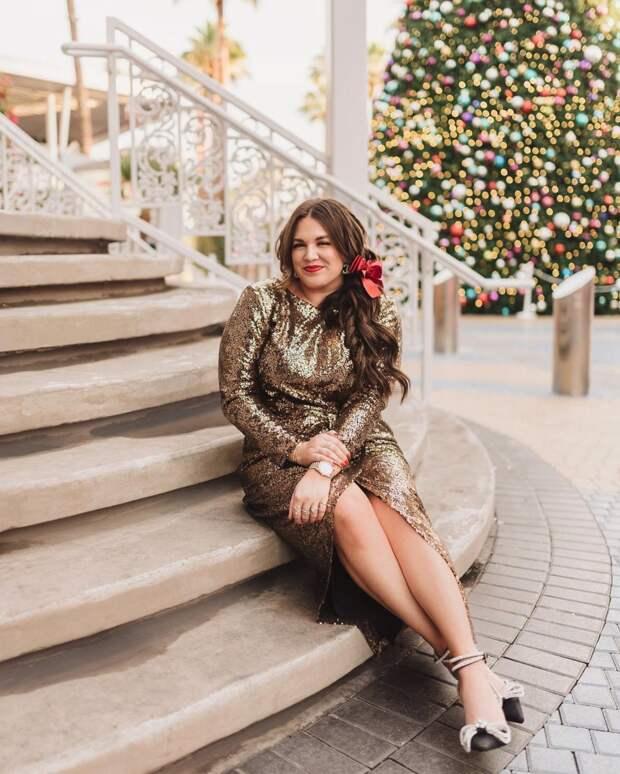Нарядные и праздничные платья для полных женщин 2021: самые трендовые модели