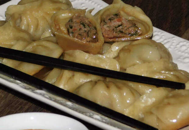 Пельмени с кухни корейца: на сковороду и жарим