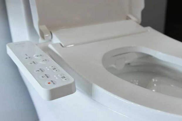 """""""Умный туалет"""" сканирует отходы человека и предупреждает врачей о проблемах со здоровьем"""