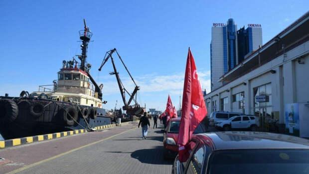 Одесситы на камеру поддержали 9 Мая и объявили бойкот его украинской подмене